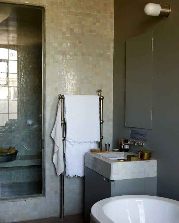Bathroomdesignedbystudioilse Minutesfi Mesmerizing Bathroom Designed